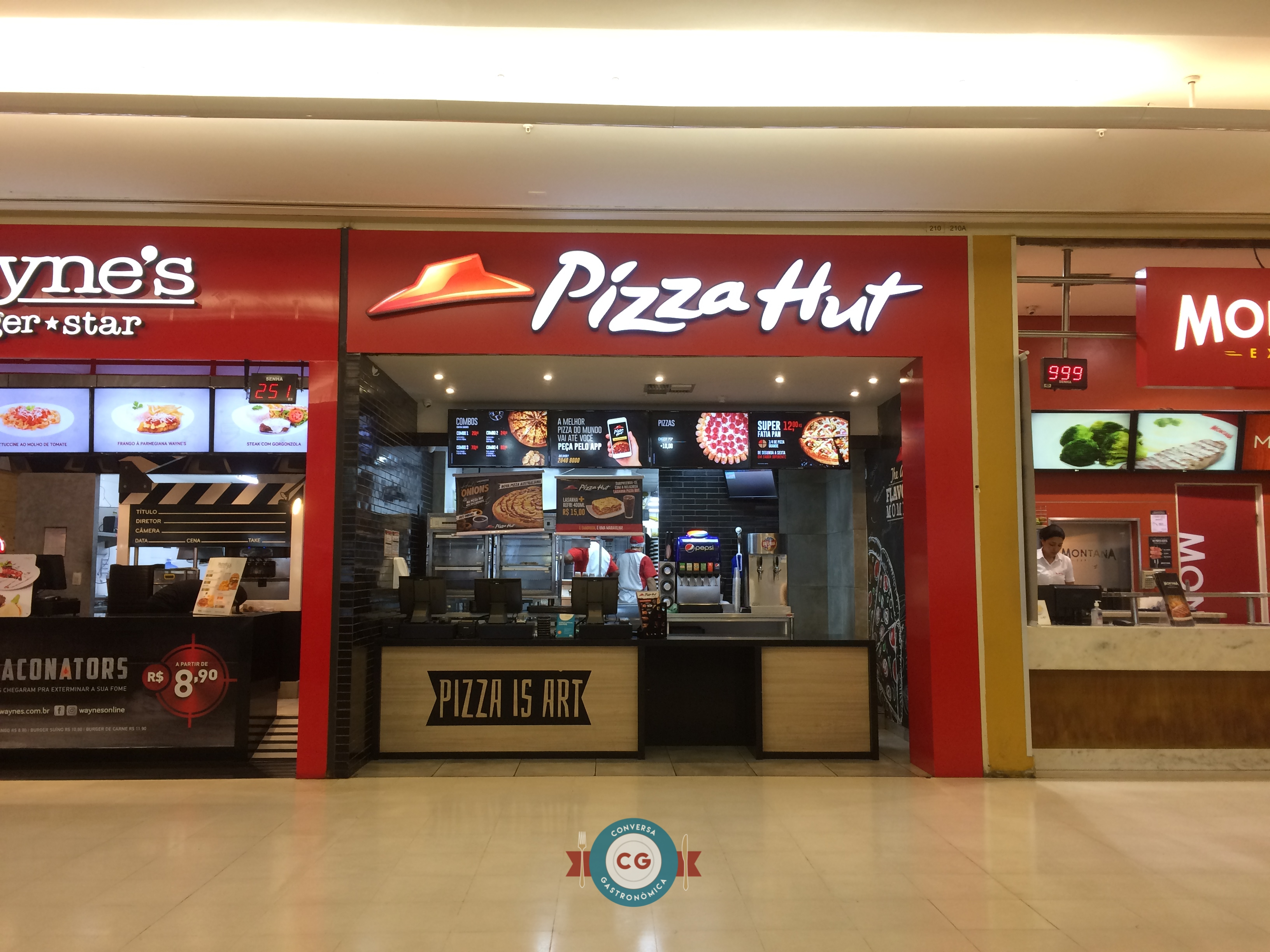 Pizza Hut lança sanduíches com Massa Pan
