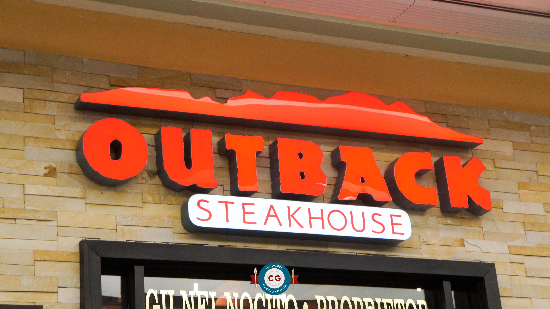 Outback tem menus a preço fixo para confraternizações
