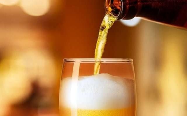 Oktober Extra tem promoções em cervejas nacionais e importadas