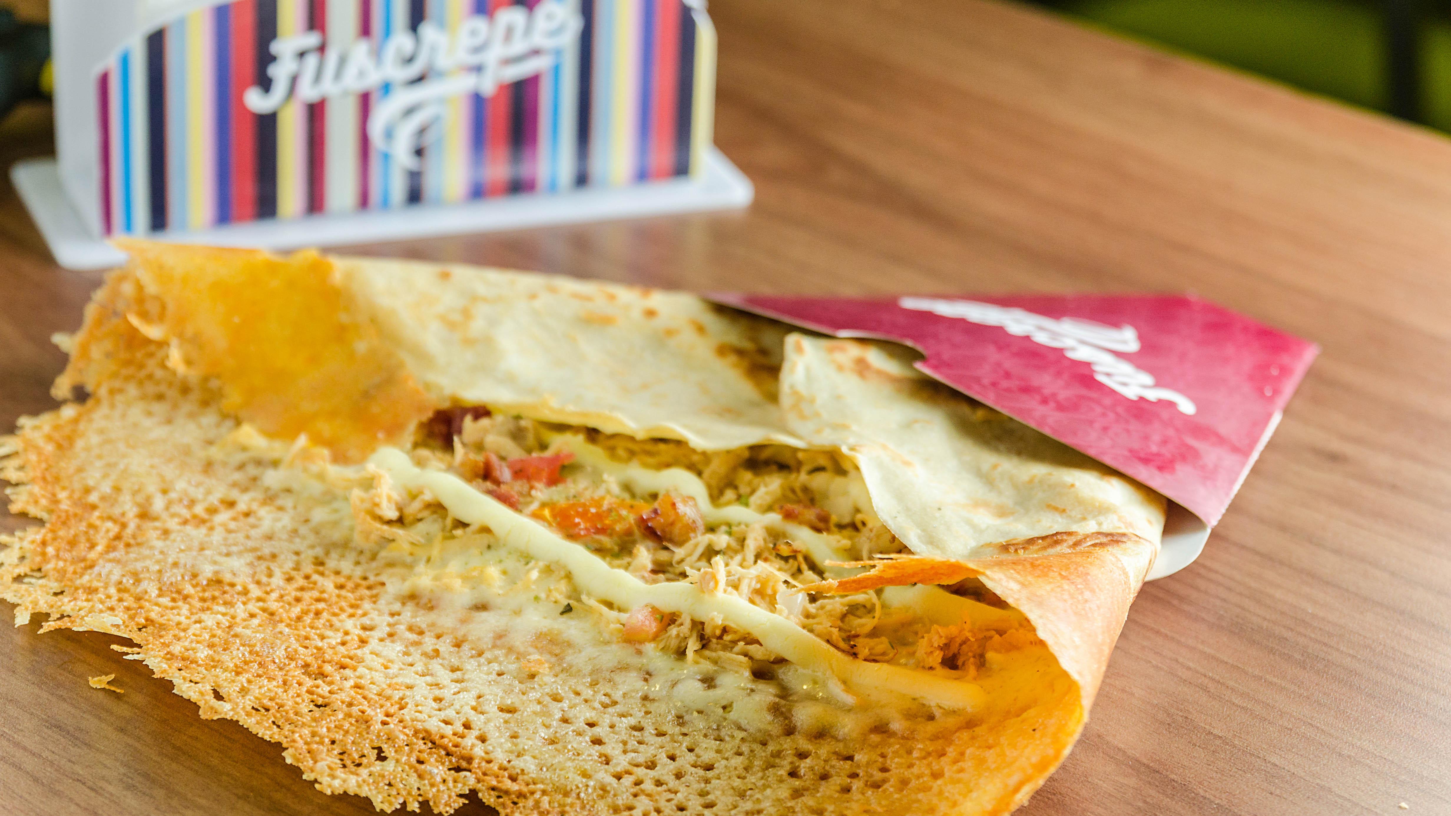 Domingos têm gastronomia e cultura na Arena das Dunas