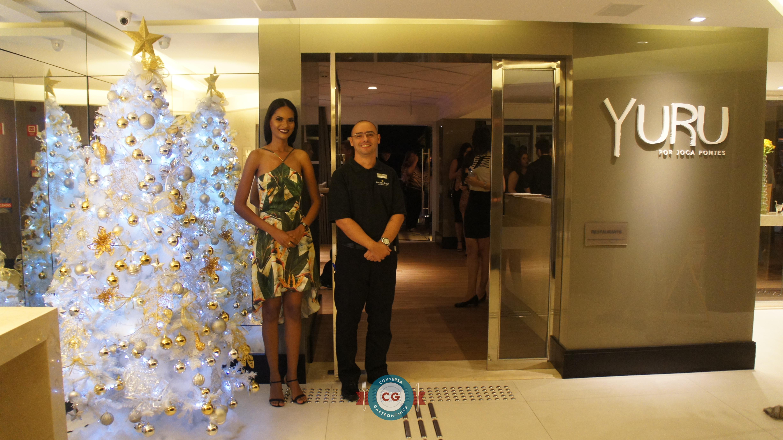 O restaurante fica localizado no 1º andar do Hotel Golden Tulip Ponta Negra